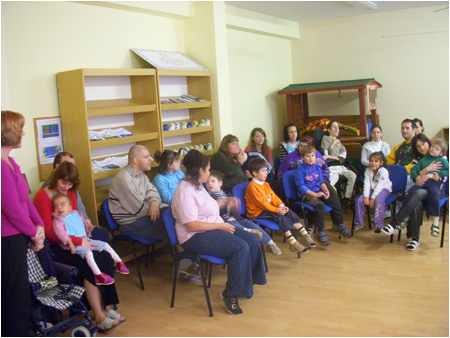Visiting children in Mokroh�jska