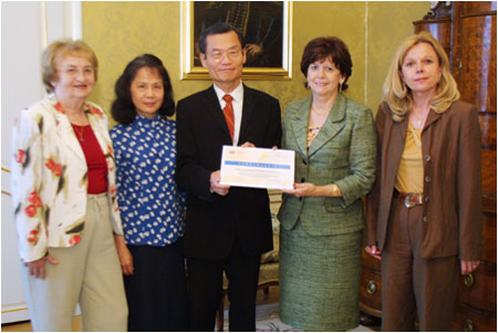 First Lady Thanks the Taiwan Diplomatic Mission to the Slovak Republic for Financial Support