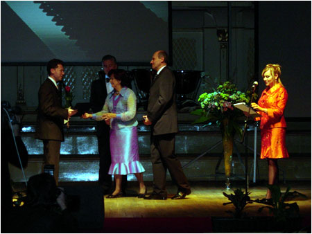 Silvia Ga�parovi�ov� Presented the Awards of the 2005 �UDOV� BANKA GRAND PRIX