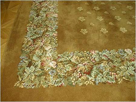 Veľký orientálny koberec