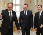 Prezident prijal demisiu Pellegriniho a vymenoval nového ministra školstva Draxlera