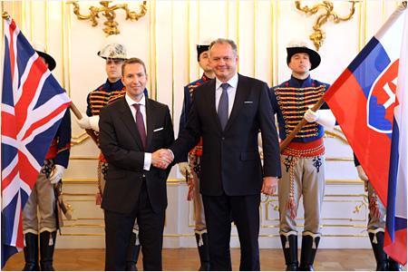 Prezident prijal poverenia od rakúskeho a britského veľvyslanca