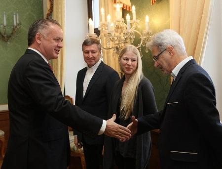 Andrej Kiska sa stretol s predstaviteľmi nadácie Zastavme korupciu